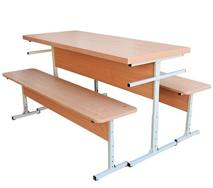 Ēdnīcas galds NZER